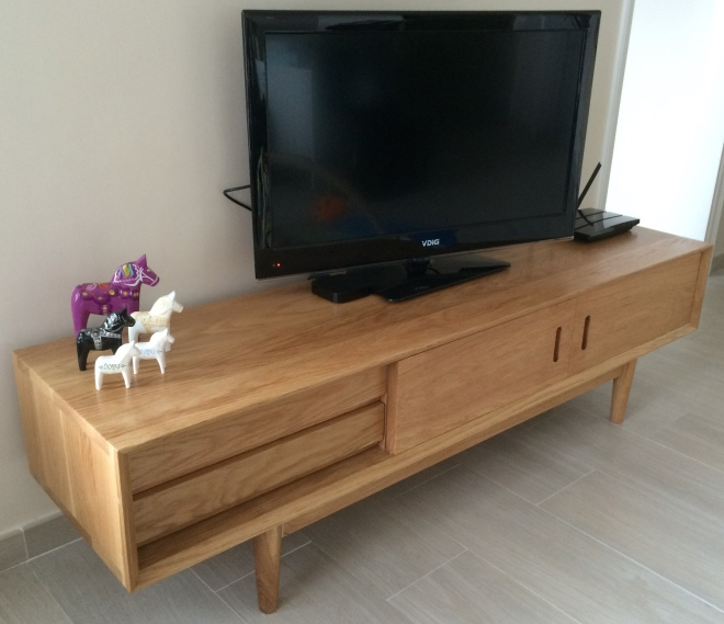 solid oak tv stand ordered online from china